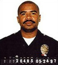 David Mack LAPD was a rogue cop reporteldy a member of the Bloods